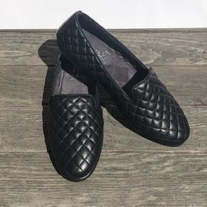 Aerosoles Black Quilted Leather Flats Shoes 9 9M